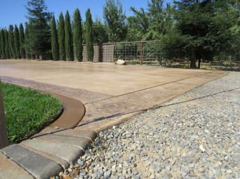 this image shows concrete driveway contractor concord