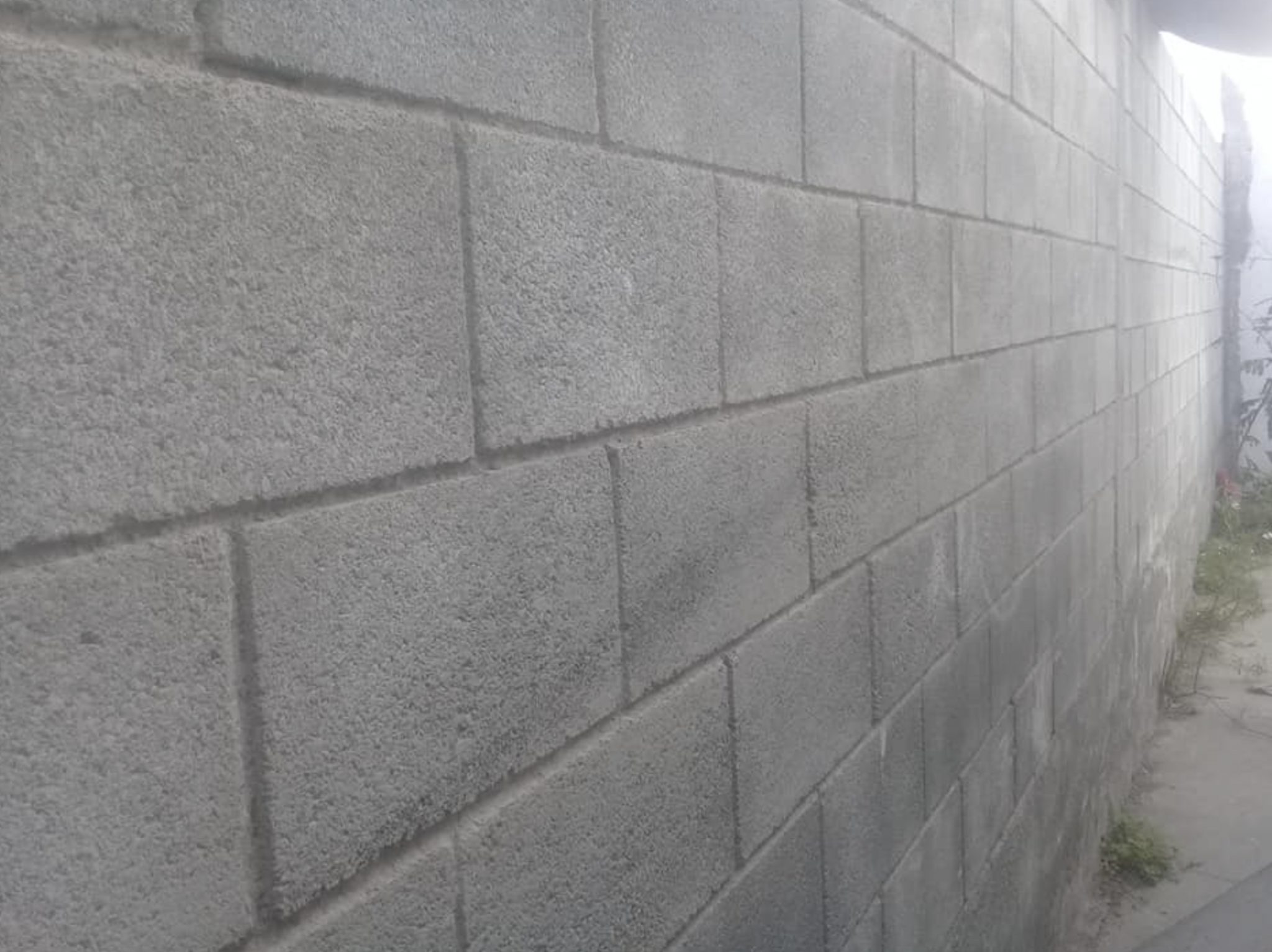this image shows concrete walls in Concord, California